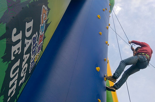 Sport spel 'Climbmax Klimwand' huren