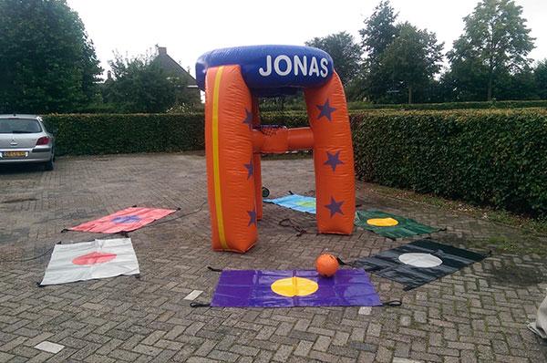 Sport spel 'Jonasspel' huren