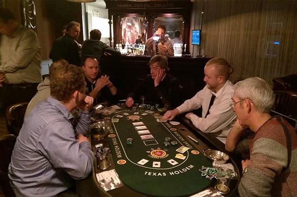 poker-tafel