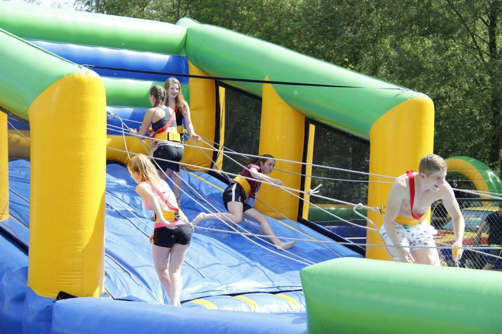 Beroemd Sportdag organiseren? Huur diverse sportdag spellen | Crazy Air @XN71