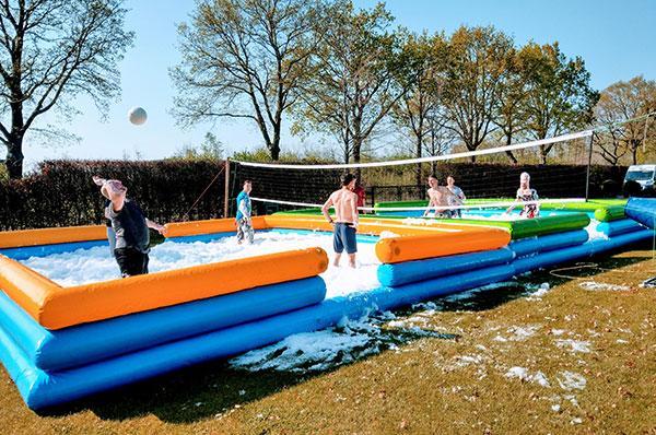 Sport spel 'Water Volleybal' huren